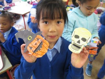Making Halloween Paper Puppets