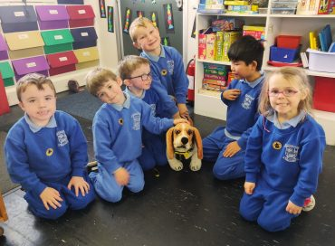 Dogs Trust visit, art and drama….