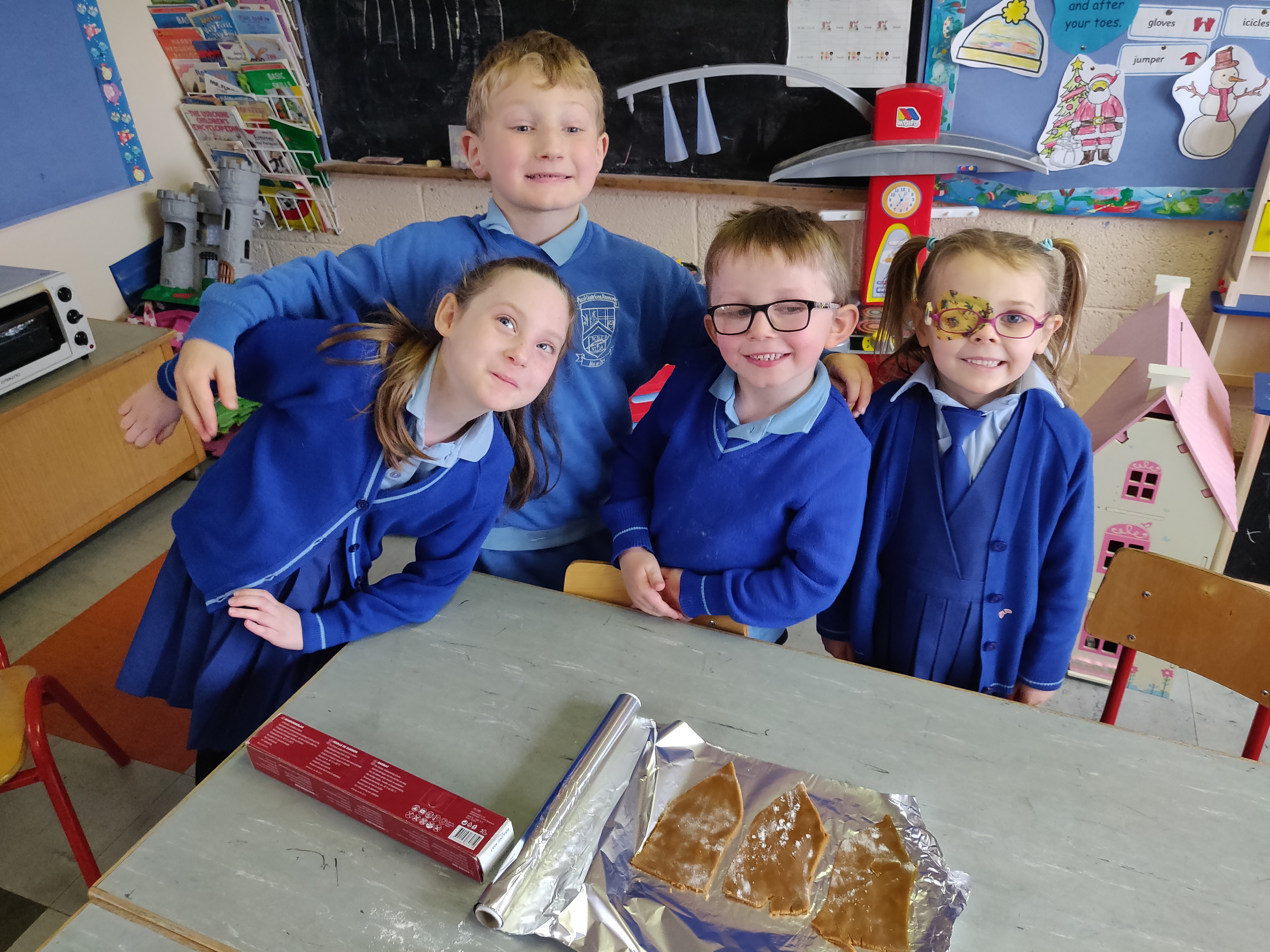 Saying goodbye to our Principal, Gingerbread houses and more….